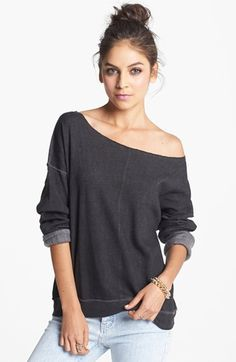 off-the-shoulder-sweatshirts-for-women-d77ed399845cdd6cd748dcea11fc18da-slouchy-shirt-womens-sweatshirts-jpg-clothing